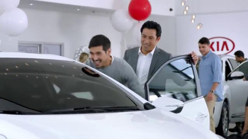 Kia Holidays on Us Sales Event TV Spot, 'Optima & Sorento: Black Friday' - Thumbnail 3
