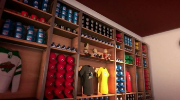NHL Shop TV Spot, 'Holiday Gift Factory' - Thumbnail 6