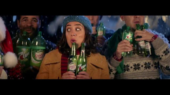 7UP TV Spot, 'Carolers: Salvation Army' - Thumbnail 3