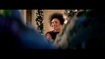 7UP TV Spot, 'Carolers: Salvation Army' - Thumbnail 4
