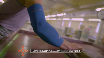 Tommie Copper Black Friday and Cyber Week TV Spot, 'Wearable Wellness' - Thumbnail 3