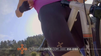 Tommie Copper Black Friday and Cyber Week TV Spot, 'Wearable Wellness' - Thumbnail 4