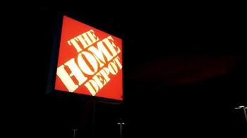 The Home Depot Black Friday Savings TV Spot, 'Husky Tool Set' - Thumbnail 1