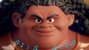 Disney Moana Mega Maui Figure TV Spot, 'Get Hooked' - Thumbnail 3
