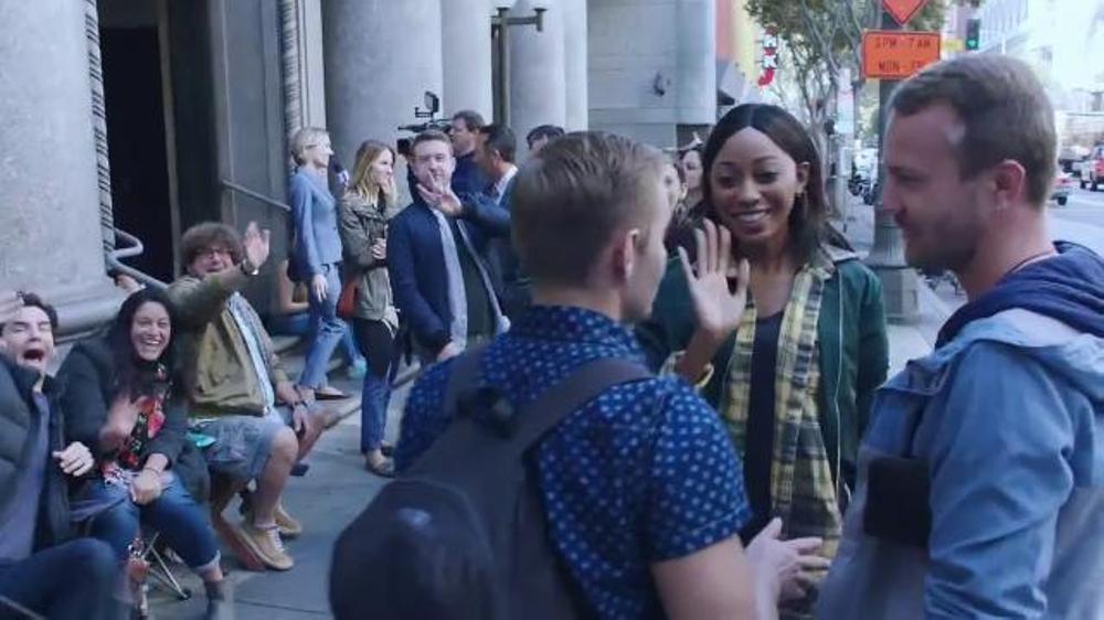 Verizon Cyber Monday TV Commercial, 'Droid Turbo 2 & iPhone SE'