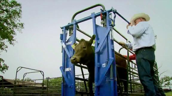 Priefert Manufacturing Squeeze Chutes TV Spot, 'Easy on the Cowboy'