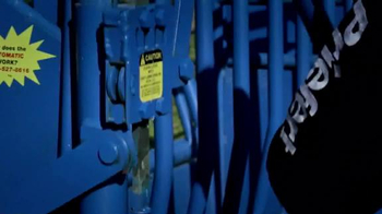 Priefert Manufacturing Squeeze Chutes TV Spot, 'Easy on the Cowboy' - Thumbnail 3