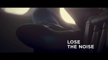 Bose QuietComfort 35 TV Spot, 'Listen to the Music' Featuring Rory McIlroy - Thumbnail 6