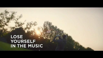 Bose QuietComfort 35 TV Spot, 'Listen to the Music' Featuring Rory McIlroy - Thumbnail 8