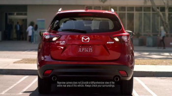 2016 Mazda CX-5 TV Spot, 'Bringing Baby Home' - Thumbnail 4