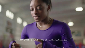 Hershey's TV Spot, 'Hello From Home' Featuring Simone Biles - Thumbnail 7