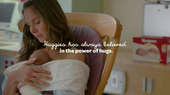 Huggies Little Snugglers TV Spot, 'Your Baby's First Hug' - Thumbnail 6