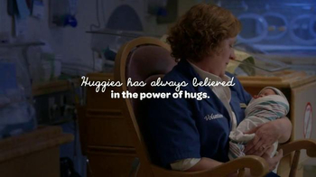 Huggies Little Snugglers TV Spot, 'Your Baby's First Hug' - Thumbnail 7