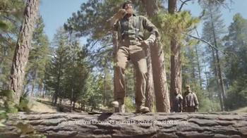 Dr. Scholl's Massaging Gel Work Insoles TV Spot, 'Lumberjacks' - Thumbnail 6