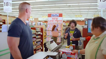 Hefty Ultra Strong Clean Burst TV Spot, 'Pec Flex' Featuring John Cena - Thumbnail 5