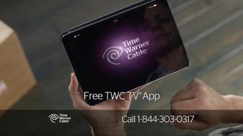 Time Warner Cable TV Spot, 'New Neighbors' - Thumbnail 5