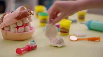 Play-Doh Doctor Drill 'n Fill TV Spot, 'Wild Wacky Teeth' - Thumbnail 6