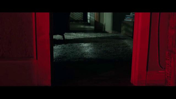 Lights Out - Alternate Trailer 27