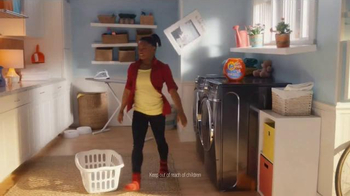 Tide Pods TV Spot, 'Small but Powerful' Featuring Simone Biles - Thumbnail 6