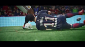 FIFA 17 TV Spot, 'Make Your Mark' Feat. Anthony Martial, James Rodríguez - Thumbnail 4