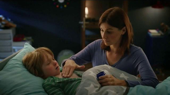 Vicks VapoRub TV Spot, 'Family Awake' - Thumbnail 4