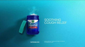 Vicks VapoRub TV Spot, 'Family Awake' - Thumbnail 7