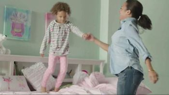 Ashley Homestore Columbus Day Sale TV Spot, 'Sign & Save' - 871 commercial airings