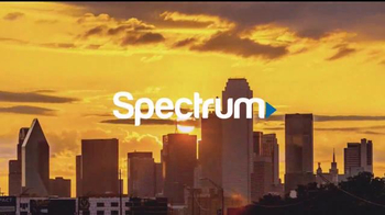 Time Warner Cable Spectrum TV Spot, 'More' [Spanish] - Thumbnail 3