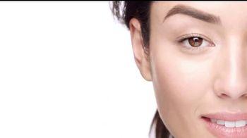 Clinique Superbalanced Silk Makeup TV Spot, 'Equilibrio' [Spanish]