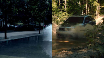 2017 Jeep Grand Cherokee TV Spot, 'Free to Be' Song by Cat Stevens - Thumbnail 4