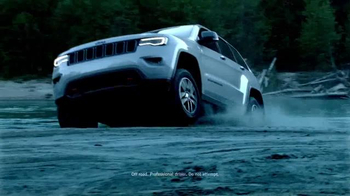 2017 Jeep Grand Cherokee TV Spot, 'Free to Be' Song by Cat Stevens - Thumbnail 6