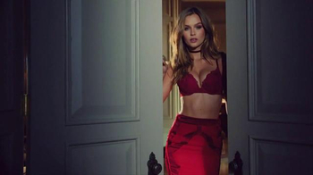 Victoria's Secret Sexy Little Things TV Spot, 'On the Scene' - 793 commercial airings