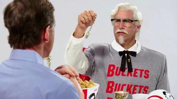 KFC $20 Fill Up TV Spot, 'Kentucky Buckets' Ft. Rob Riggle, Cooper Manning - Thumbnail 6