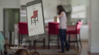 Wayfair TV Spot, 'Drop the Mic' - Thumbnail 4