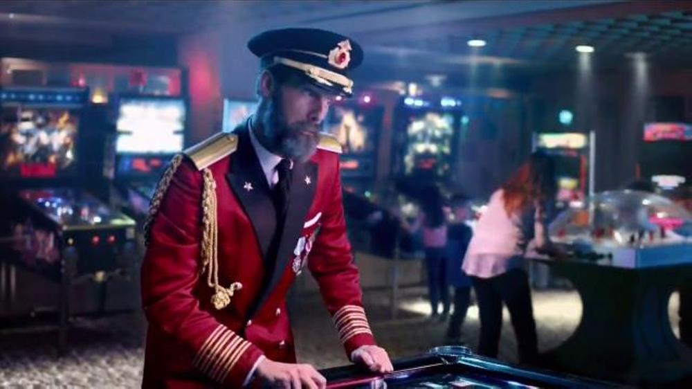 Hotels.com Rewards Program TV Commercial, 'Big Game'