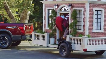 Nissan TV Spot, 'Heisman House: Starter House' Featuring Derrick Henry - Thumbnail 7