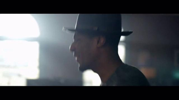 Chase TV Spot, 'A New Take on an Old Classic' Featuring Jon Batiste - Thumbnail 4