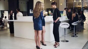 Amopé GelActiv Insoles TV Spot, 'Turn Your Heels Into Sneakers'