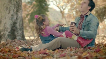 Dunkin' Donuts Salted Caramel Macchiato TV Spot, 'Cozy Up for Fall' - Thumbnail 3