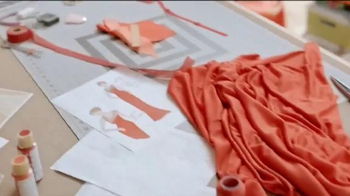 Quicken Loans TV Spot, 'Máquina de coser' [Spanish] - Thumbnail 5