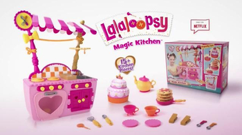 Lalaloopsy Magic Kitchen TV Spot, 'Baking Magic' - Thumbnail 6