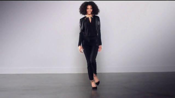 Macy's TV Spot, 'Thalía Loves' con Thalía Sodi - Thumbnail 6