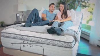 Sleepy's One Day Mattress Sale TV Spot, 'Laura Ashley Boxspring' - Thumbnail 4