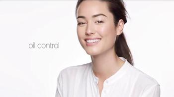 Clinique Superbalanced Silk Makeup TV Spot, 'Balance It All' - Thumbnail 3