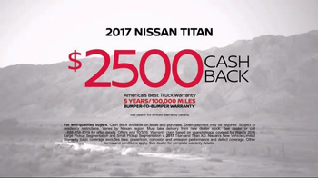 2017 Nissan Titan TV Spot, 'Day Shift: Cash Back' - Thumbnail 9