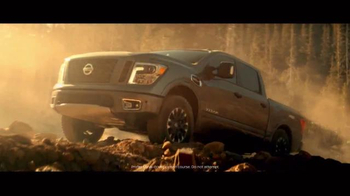 2017 Nissan Titan TV Spot, 'Day Shift: Cash Back' - Thumbnail 6