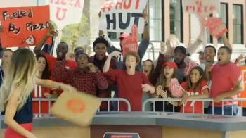 Pizza Hut TV Spot, 'ESPN: I'm a Fan Too' Featuring Samantha Ponder - Thumbnail 3