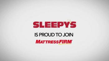 Sleepy's Friends & Family Sale TV Spot, 'Queen Sets' - Thumbnail 1