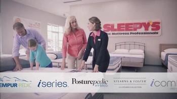 Sleepy's Friends & Family Sale TV Spot, 'Queen Sets' - Thumbnail 3