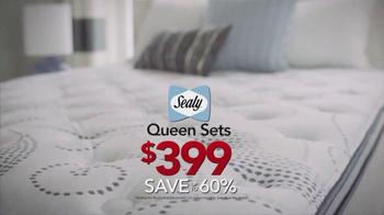 Sleepy's Friends & Family Sale TV Spot, 'Queen Sets' - Thumbnail 5